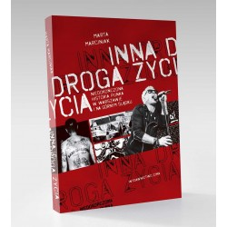 Książka. Marta Marciniak...